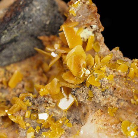 Wulfenit - rzadki minerał ołowiu, historyczna lokalizacja - Maroko
