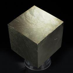 Piryt - duży kryształ - Hiszpania